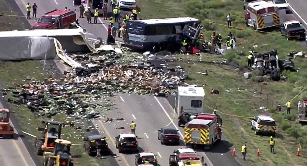 Meksiko: U sudaru autobusa i kamiona 23 mrtvih