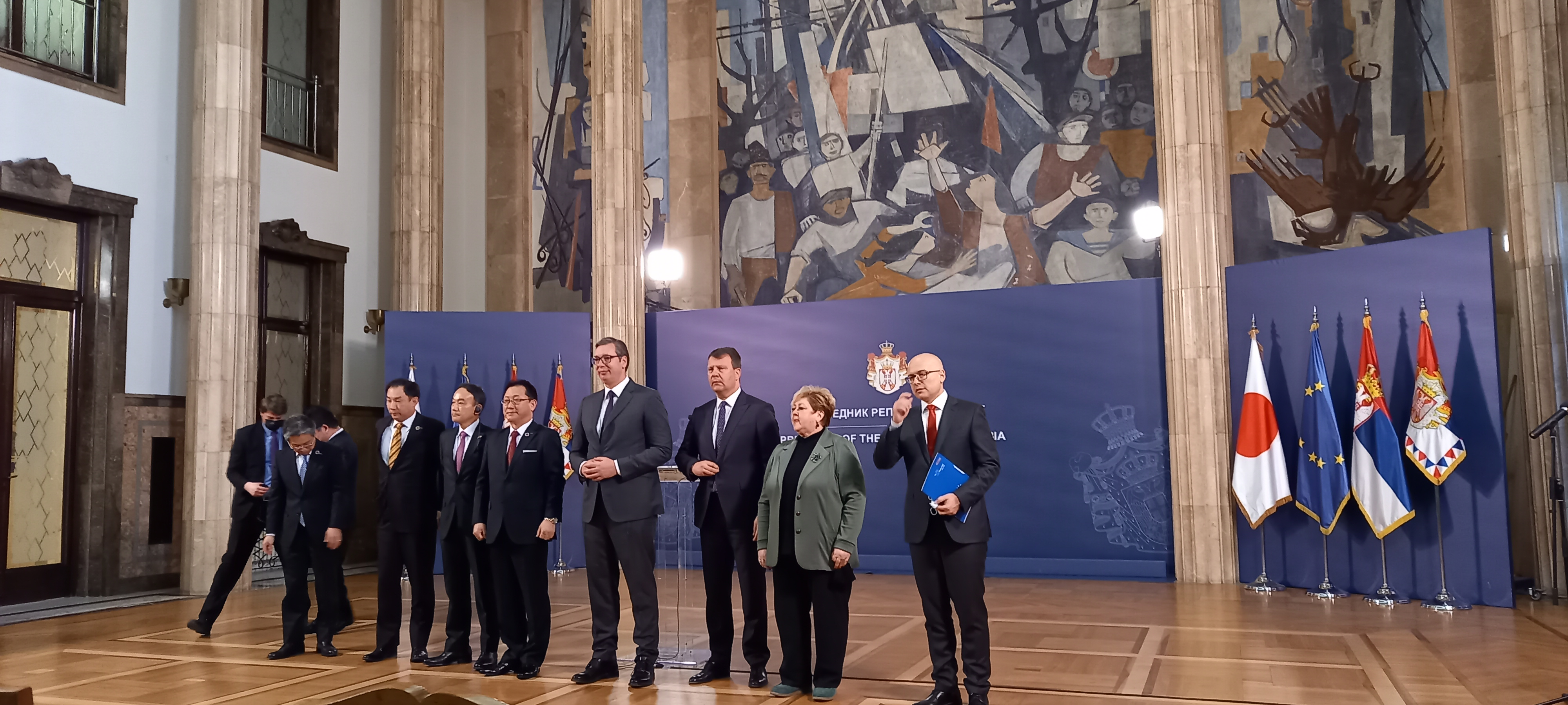 Vučić sa predstavnicima japanske kompanije Nidek