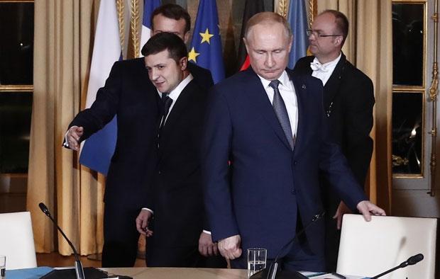 Prvi sastanak Putina i Zelenskog na samitu u Parizu