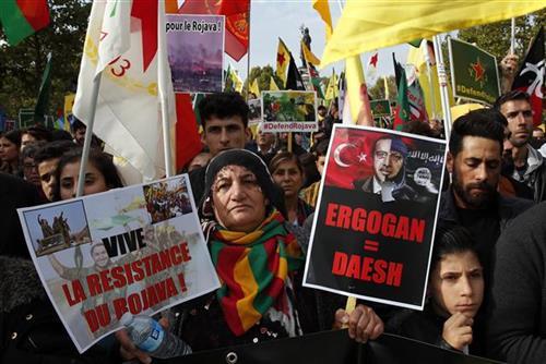 Pariz: Hiljade na protestima zbog turske operacije u Siriji