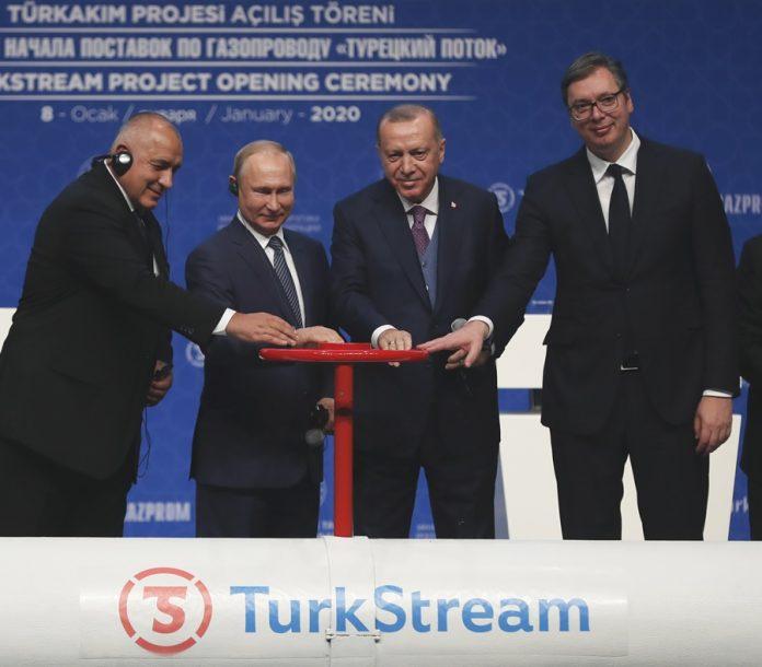 Vučić: Gasovod je strateška stvar, a ne predizborna