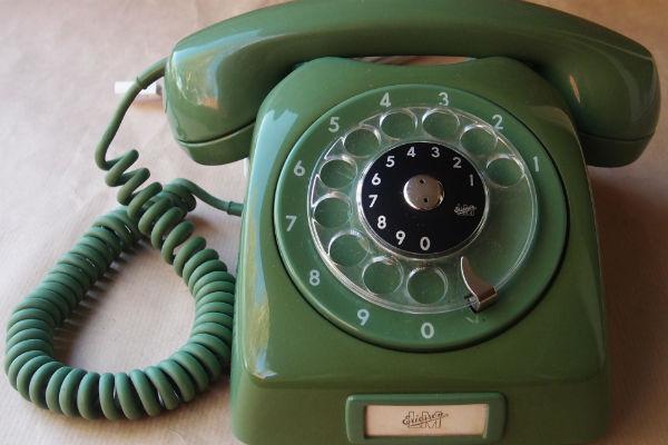 Novi SOS telefon za borbu protiv rastuće depresije i stigme