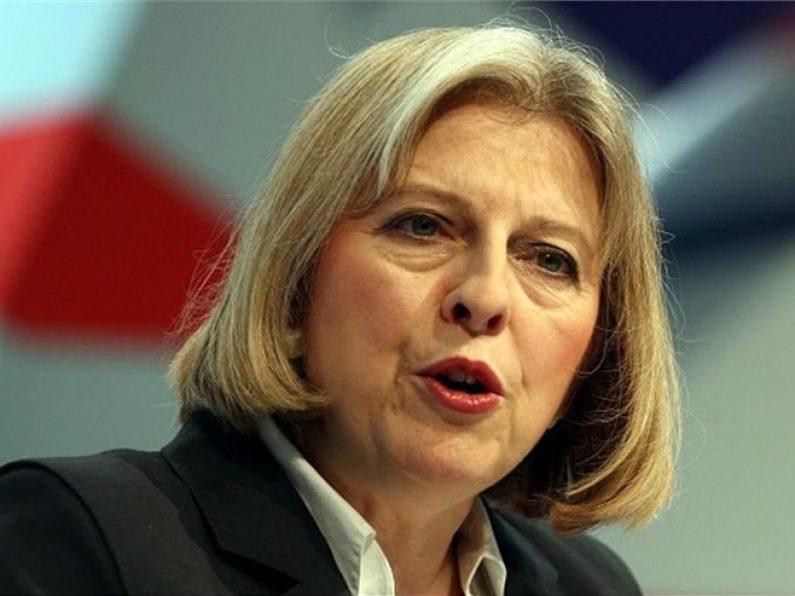 Britanska opozicija optužuje Mej da pokušava da ih podmiti