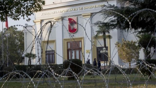 Albanska opozicija na antivladinim protestima, traži nove izbore