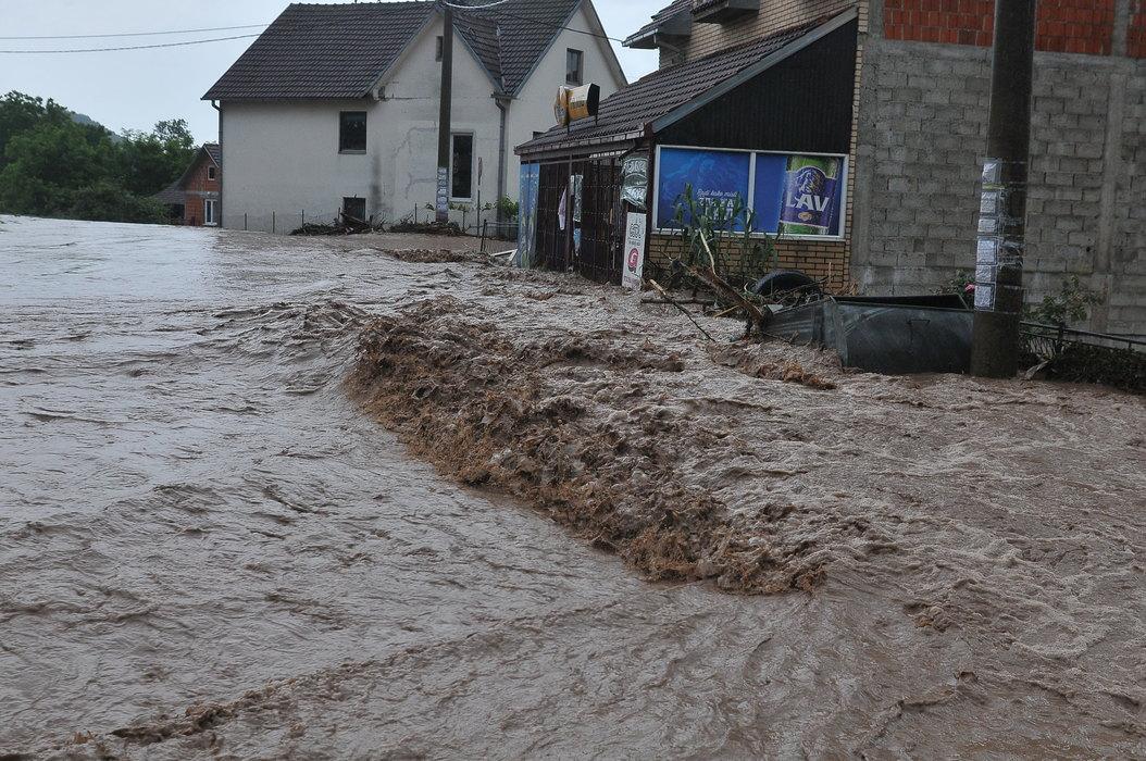 Vlada proglasila stanje elementarne nepogode