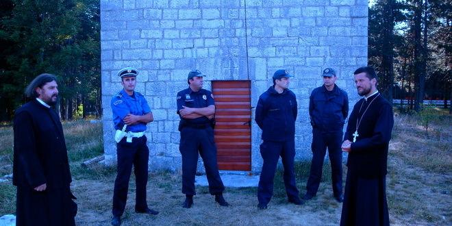 Policija ponovo zabranila liturgiju na Ivanovim koritima