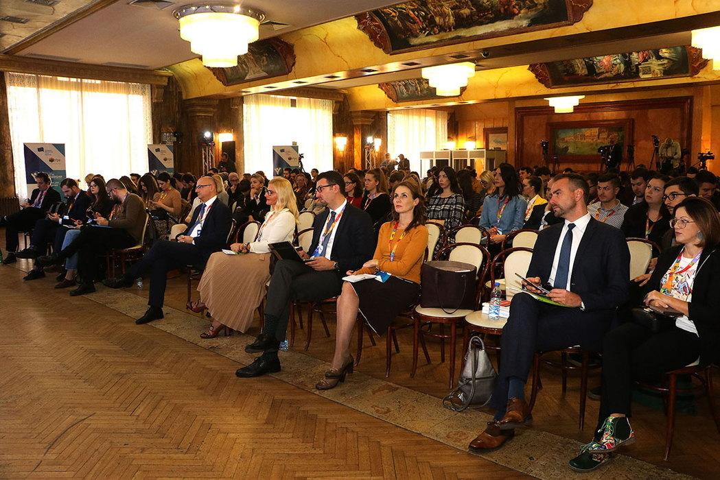 Mladi u regionu: Integracija u EU i dalje cilj, ali nije jedini