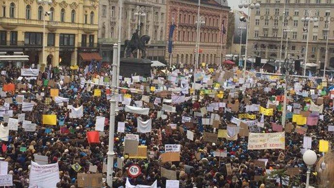 Protest prosvetara u Zagrebu, očekuje se dolazak 20.000 ljudi