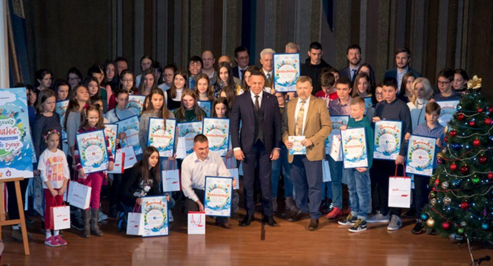 Učenice kameničke Gimnazije nagrađene u Beogradu za literarne radove