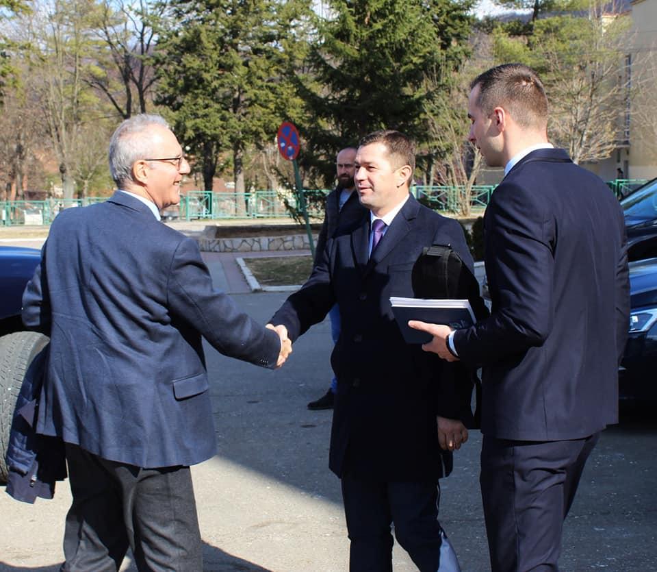 Predsednik opštine Leposavić sastao se sa delegacijom Kancelarije EU
