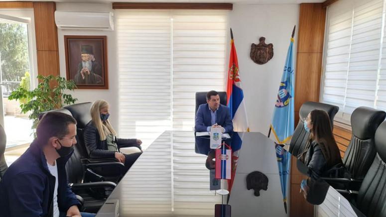 Todić: Probleme građana rešavamo uz pomoć organa države Srbije