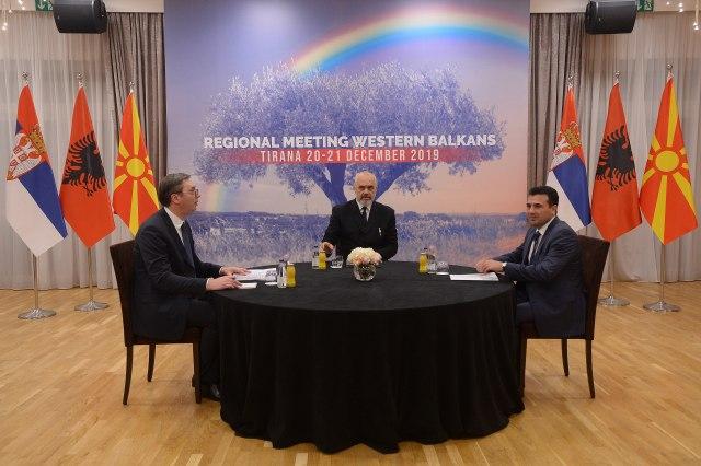 Vučić u Tirani: Postignuti dogovori, u Beogradu istorijski susret