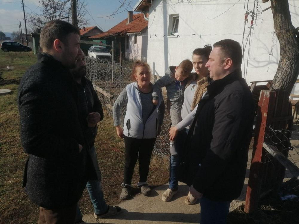 Gračanica: Popović obišao socijalno ugrožene porodice (foto)