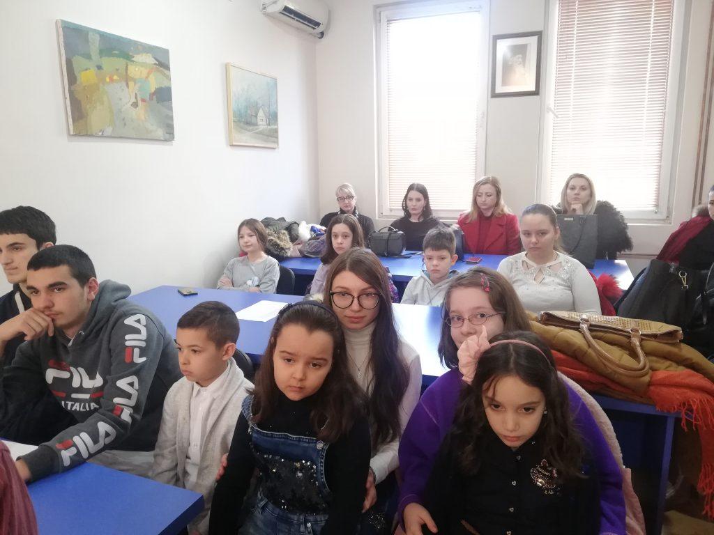 K.Mitrovica: Dodeljene nagrade učenicima povodom književnog i likovnog konkursa o Svetom Savi