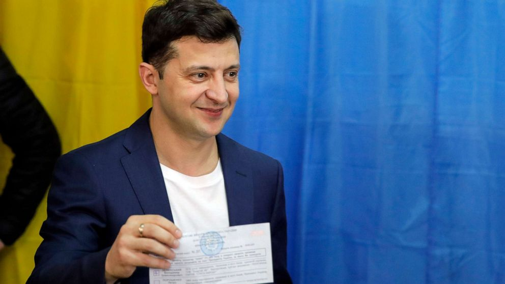 Vučić čestitao Zelenskom izbor za predsednika Ukrajine