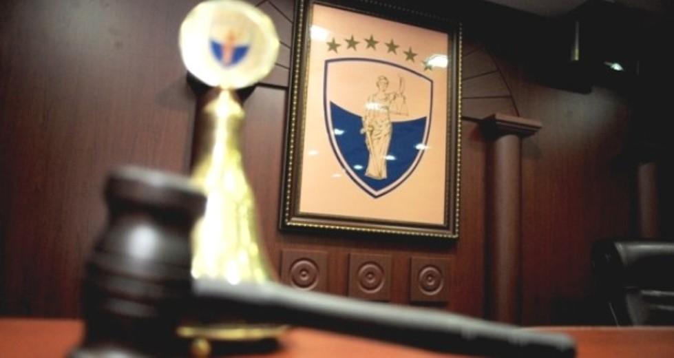 Ustavni sud odlučio da je Tači bio u pravu i odobrio njegov dekret