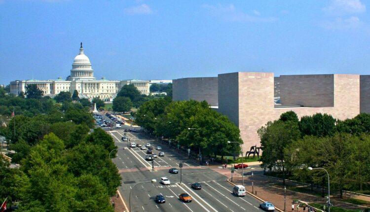 Hodžis: Uloga SAD u dijalogu o KiM treba da bude vodeća