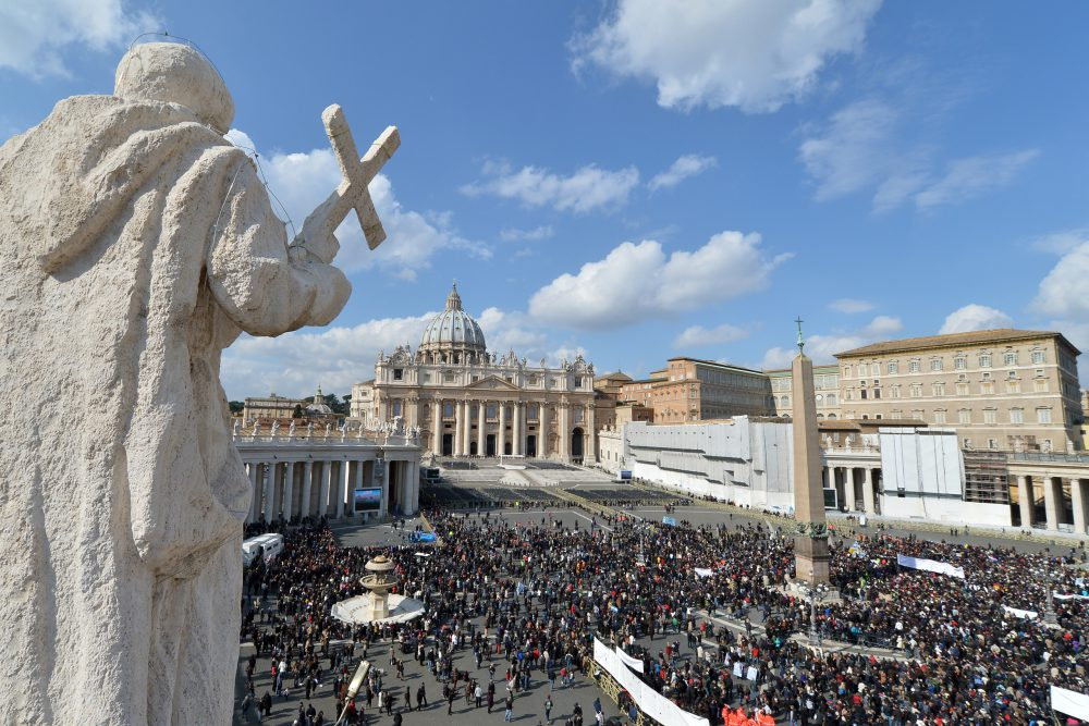 Vučić s papom u Vatikanu