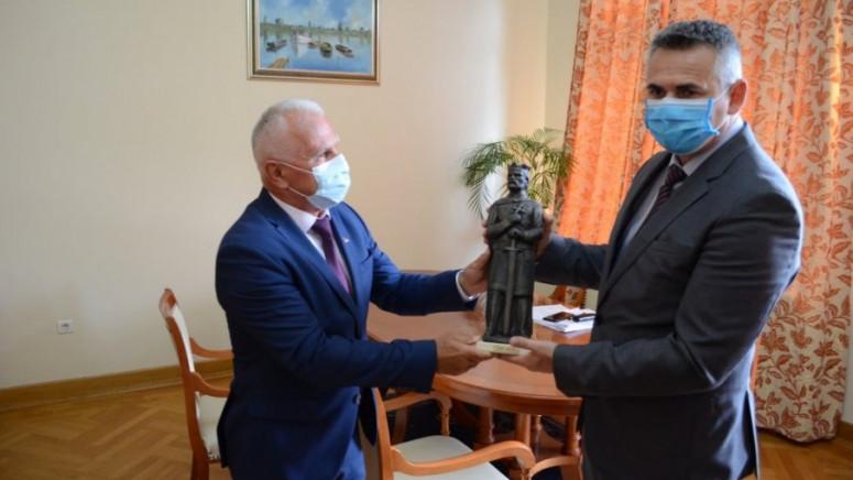 Pomoć Brčkog za Srbe na KiM: Da srpska deca ostanu i opstanu na svojim ognjištima
