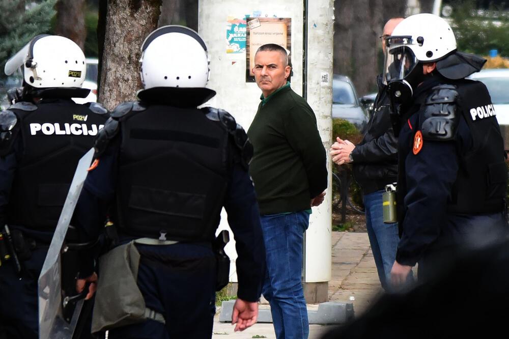 Veselin Veljović pušten da se brani sa slobode