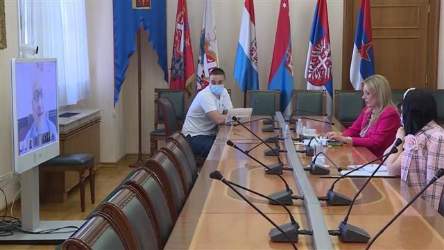Joksimović i Varheji o merama suzbijanja KOVID-19 u EU i Srbiji