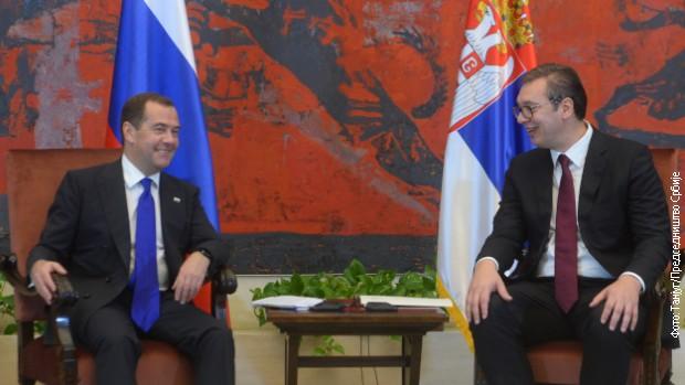Vučić: Hvala na podršci, čast što ste baš danas u BG