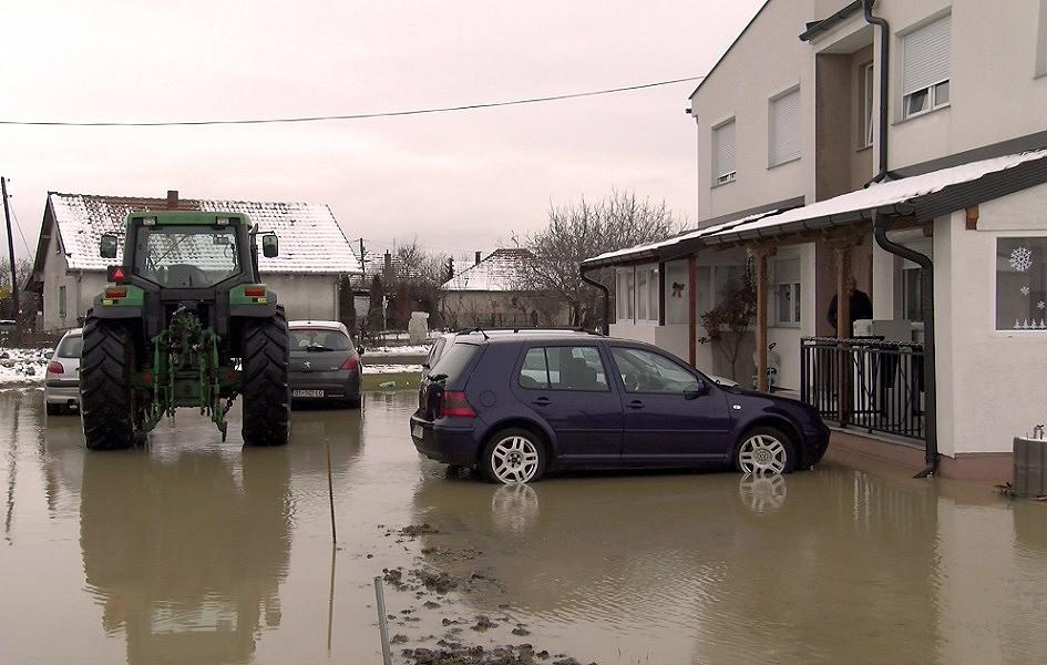 Trajković: Planira se dezinfekcija poplavljenih područja