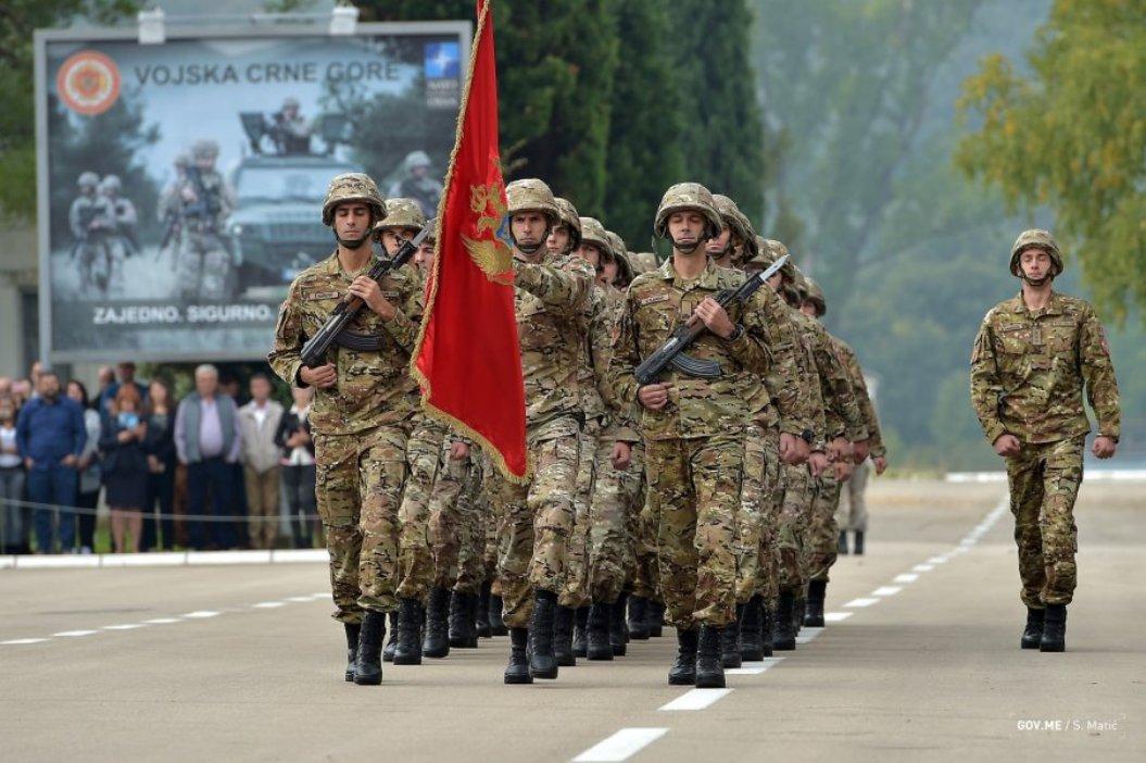 Novosti: Vojnicima u CG zabranjuju učešće u litijama?