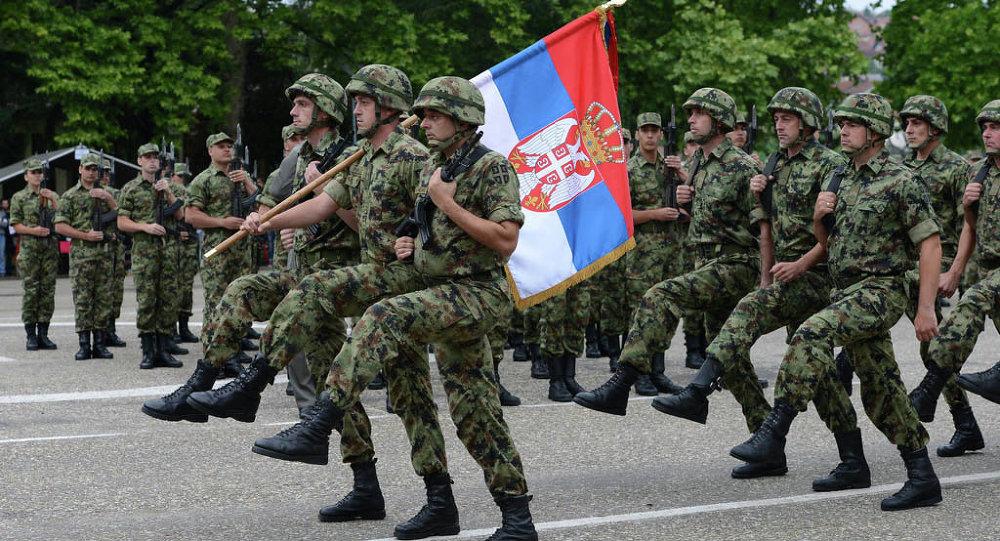Vulin: Motivisani i obučeni kadeti garant jake vojske