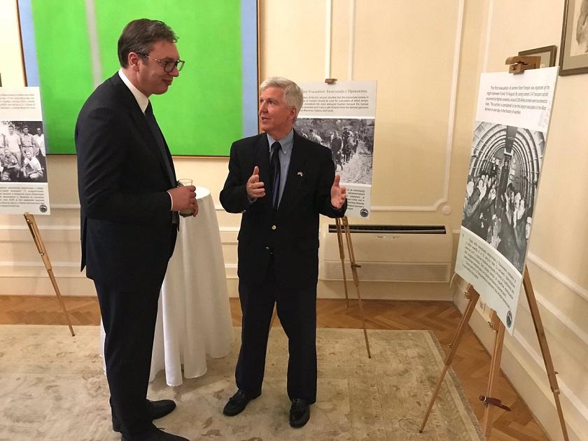Skot i Vučić odali počast učesnicima misije Halijard