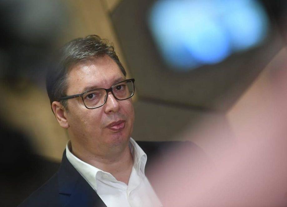 Vučić čestitao Srpskoj listi osvajanje svih 10 mandata