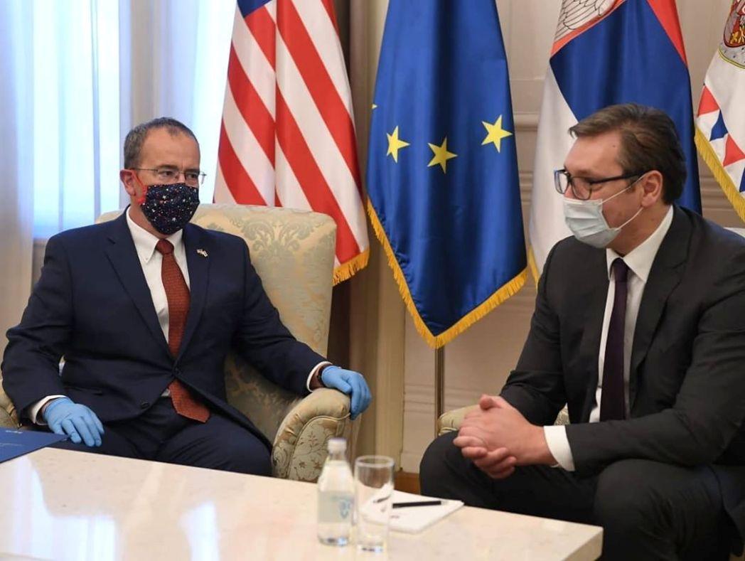 Vučić se sastao sa ambasadorom SAD-a