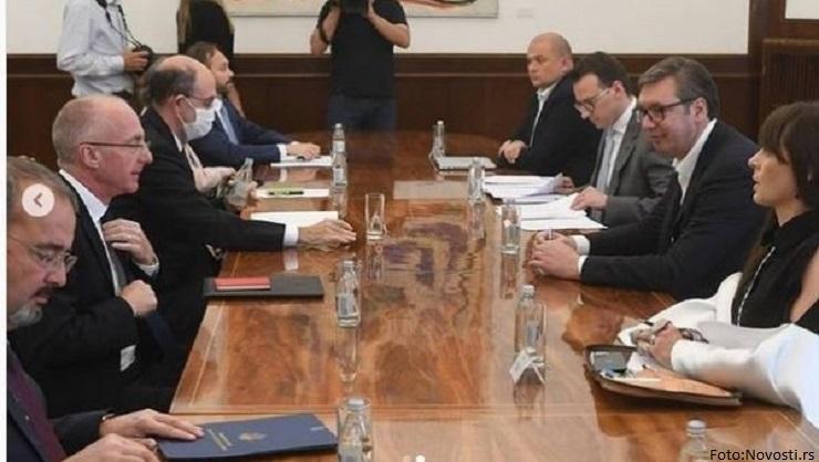 Vučić sa ambasadorima zemalja članica Kvinte: Deeskalacija krize na severu KiM