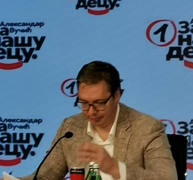 Vučić: Primiću prvu vakcinu koja dođe u Srbiju