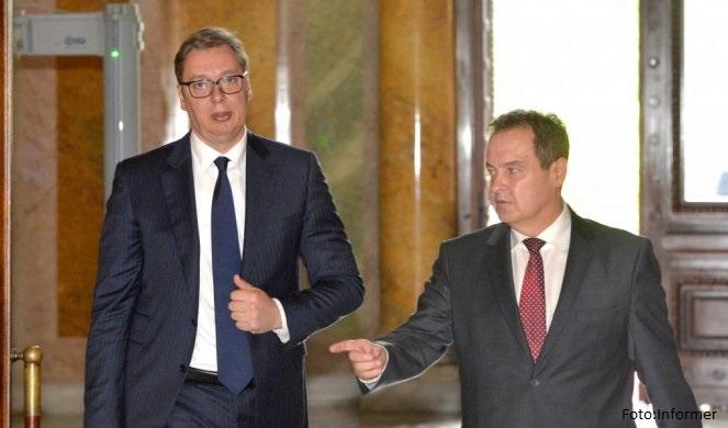 Vučić stigao u Skupštinu, počinje dijalog sa opozicijom