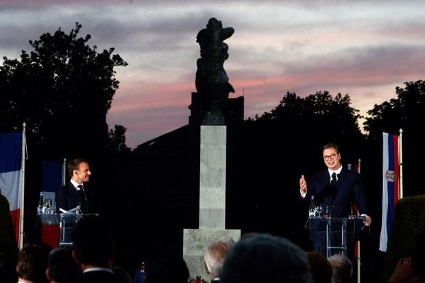 Ovde su Srbija i Francuska; Vučić: Makron je pridobio srca naših građana