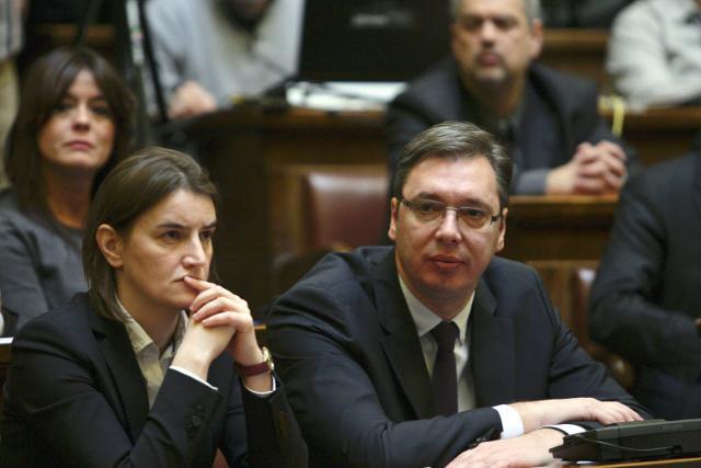 Vučić i Brnabić sutra s zdravstvenim radnicima o virusu