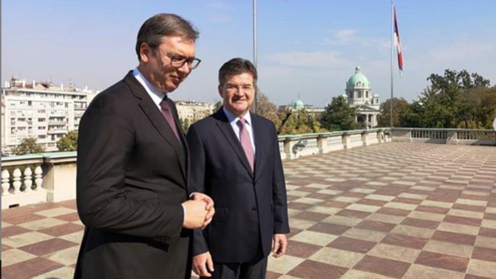 Vučić sutra sa Lajčakom u Vili Mir