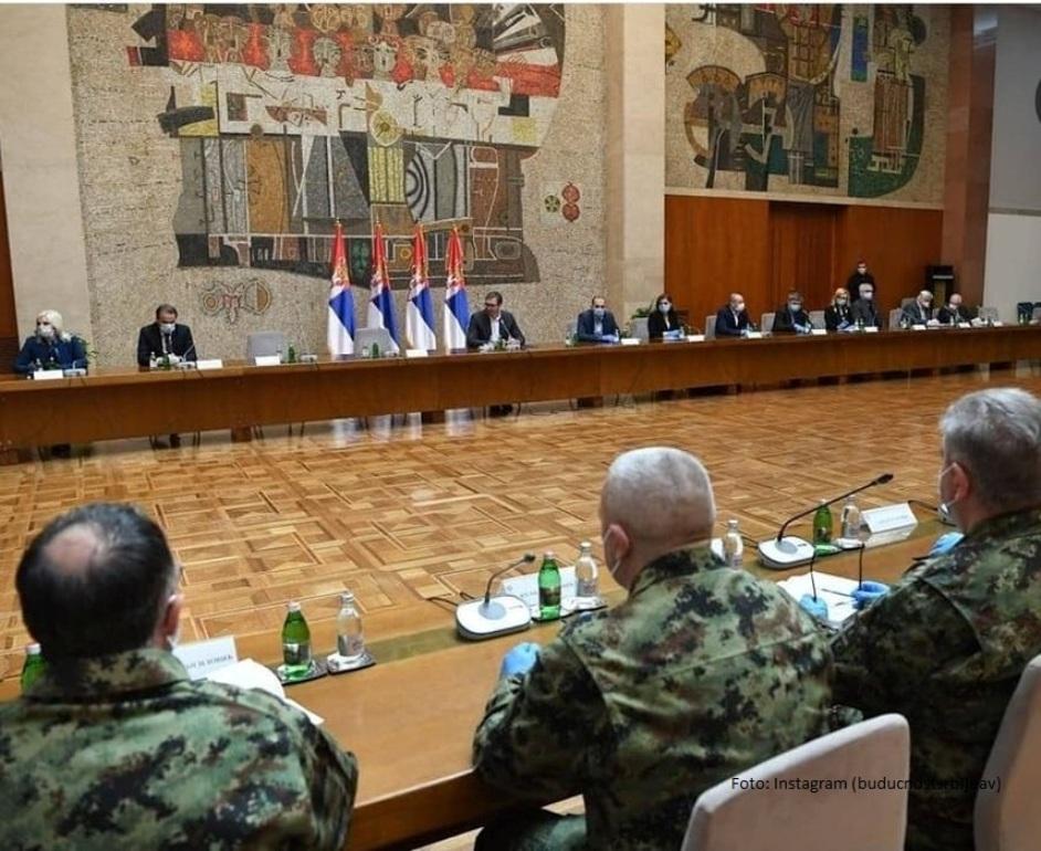 Počeo sastanak Vučića sa članovima dva krizna štaba