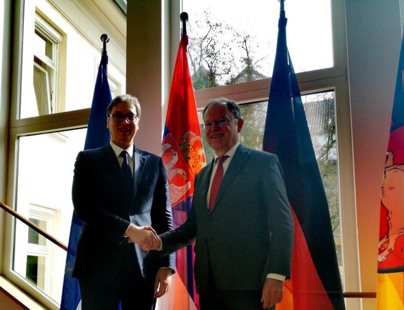 Vučić u Hanoveru, trgovinska razmena pet milijardi evra