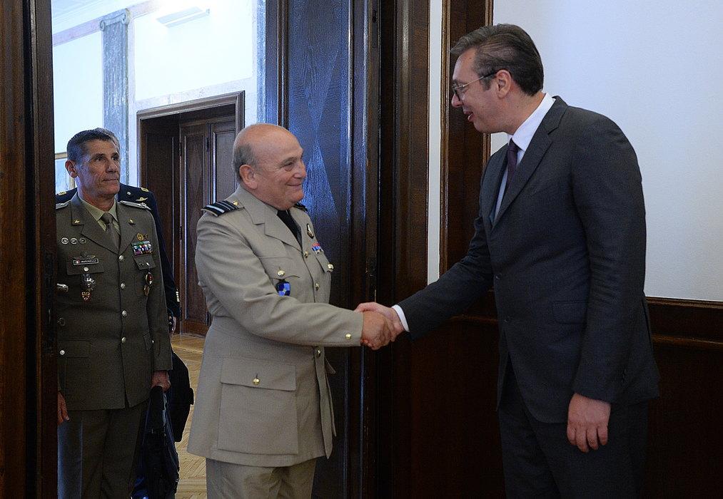 Vučić zadovoljan saradnjom sa NATO