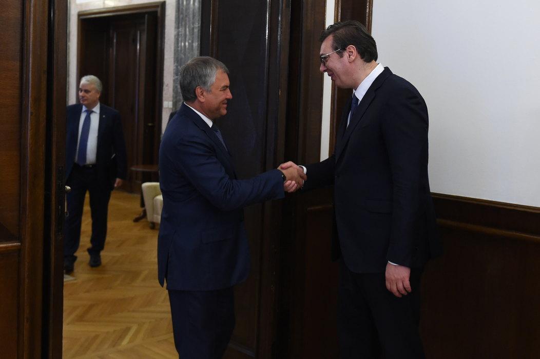 Poziv Vučiću da se obrati poslanicima Državne dume