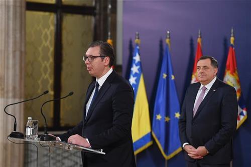 Sastanak Vučića i Dodika u Beogradu