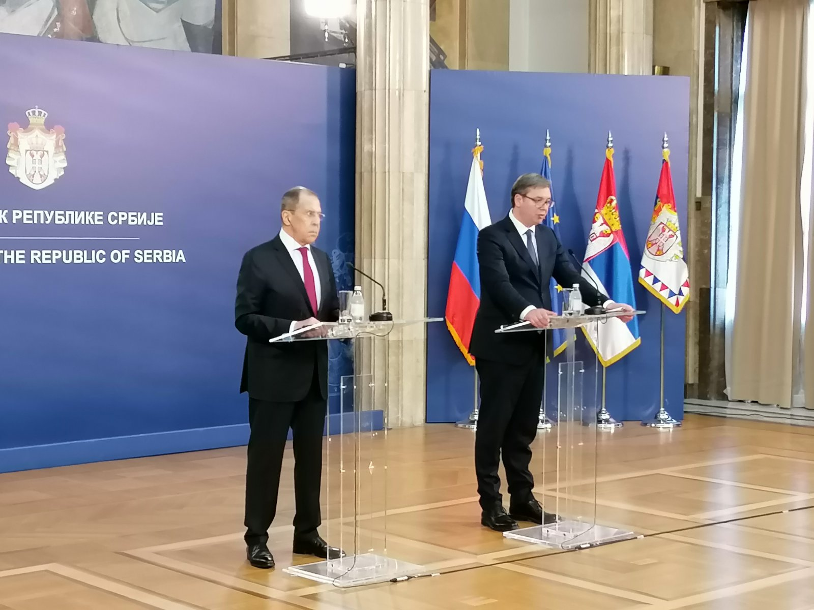 Vučić posle susreta s Lavrovim: Dodatno sam zabrinut informacijama