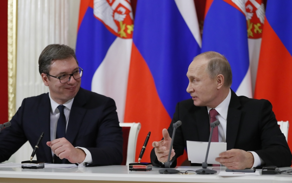 Putin čestitao Vučiću praznike: Zajedno protiv izazova