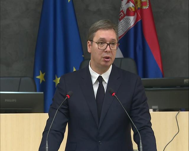 Vučić: Nećemo imati laku poziciju po pitanju KiM, čekamo stav EU