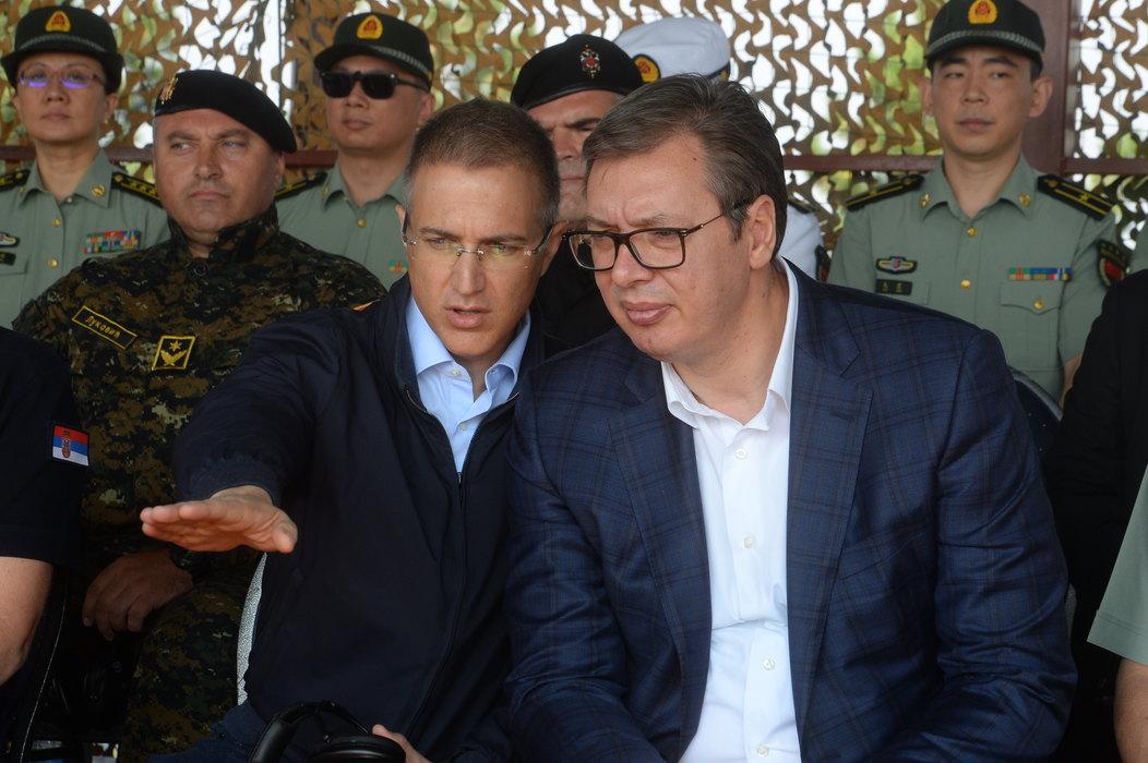 Vučić: Srbija je danas snažnija, stižu i bespilotne letelice iz Kine