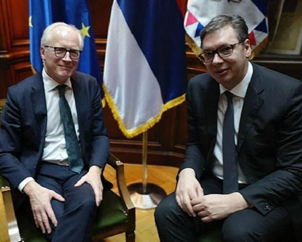 Vučić sa norveškim diplomatom Eideom