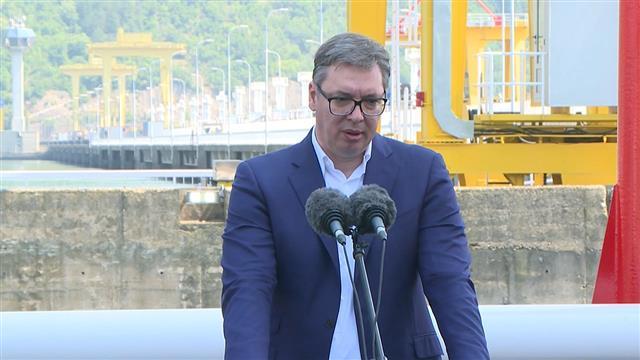 Vučić: Ozbiljno se spremamo za izbore