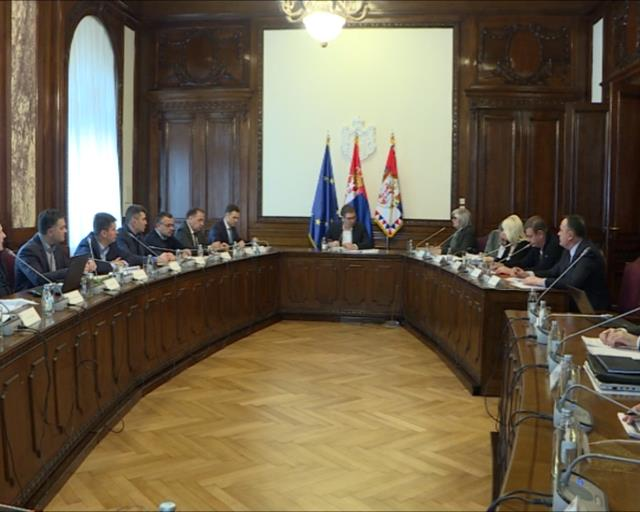 Vučić:Očekuje nas težak period,radimo da umanjimo posledice
